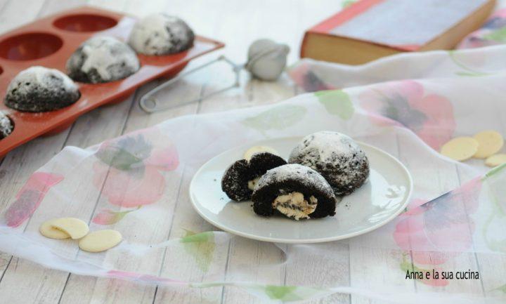 Tortine al cacao con cuore di cioccolato bianco