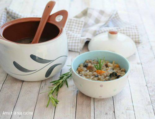 Zuppa rustica con farro fagioli e verdure