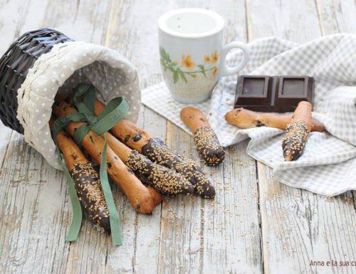 Bastoncini di pan brioche al cioccolato