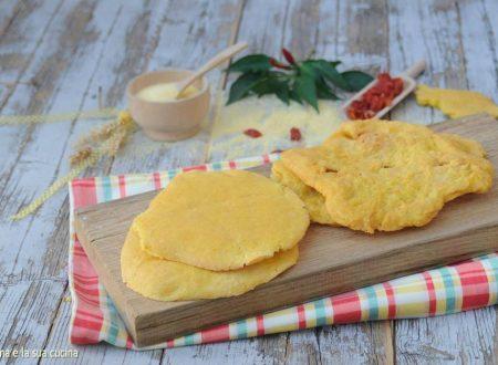 Schiacciatine di mais o pizzate calabresi