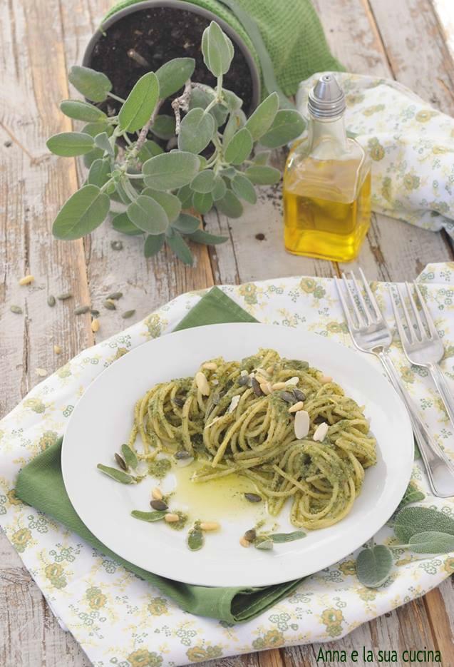 Spaghetti al Pesto di Salvia