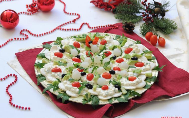 Corona di tartine natalizia