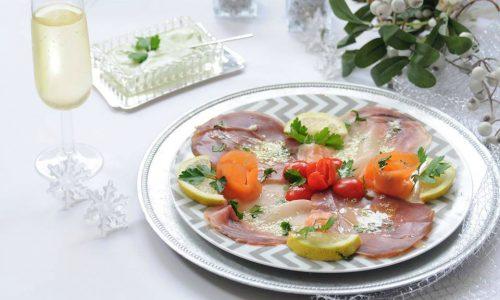 Tris di pesce affumicato con salsina verde