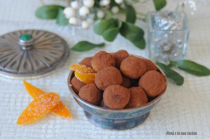 Tartufi con pasta di mandorle e arance candite