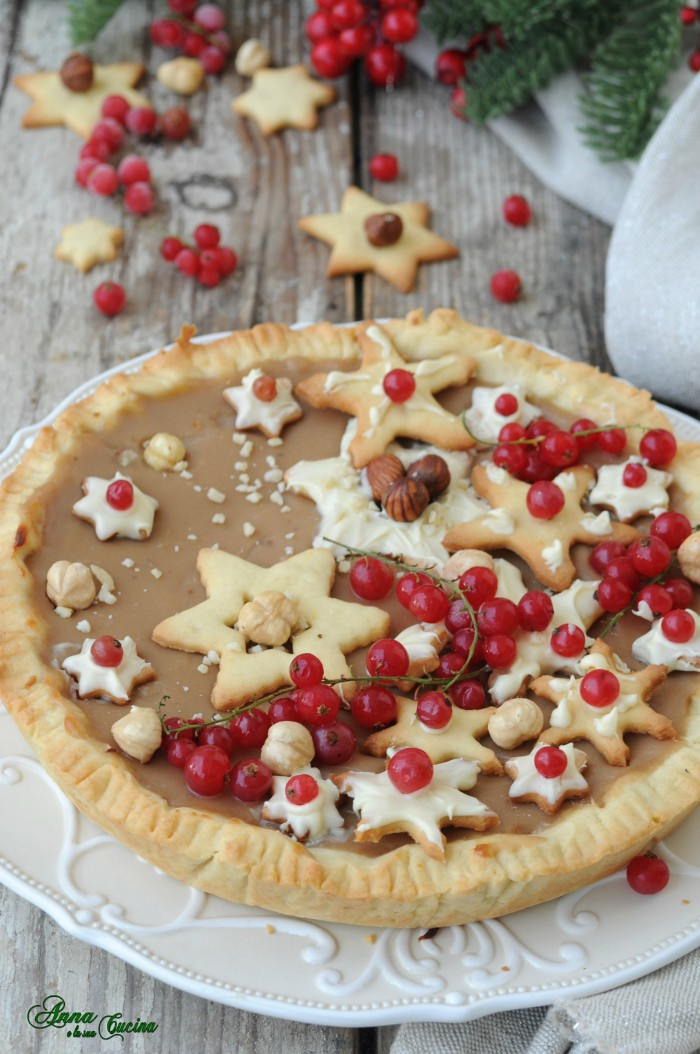 Crostata natalizia con crema nocciola
