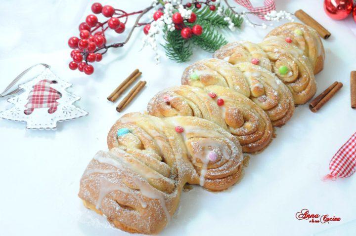 Cinnamon rolls alberello natalizio