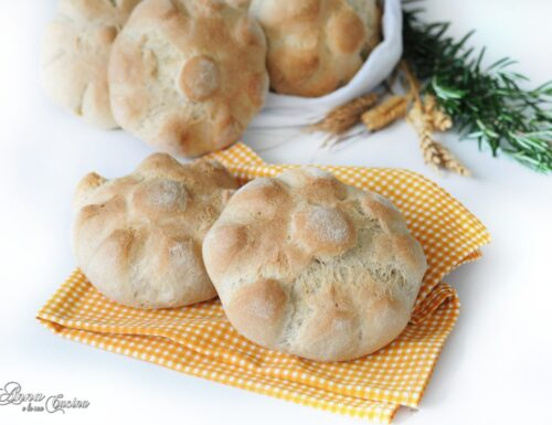 Rosette di pane con semola rimacinata