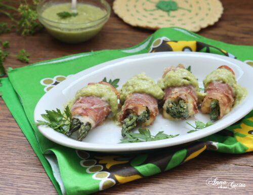 Involtini di prosciutto crudo con asparagi