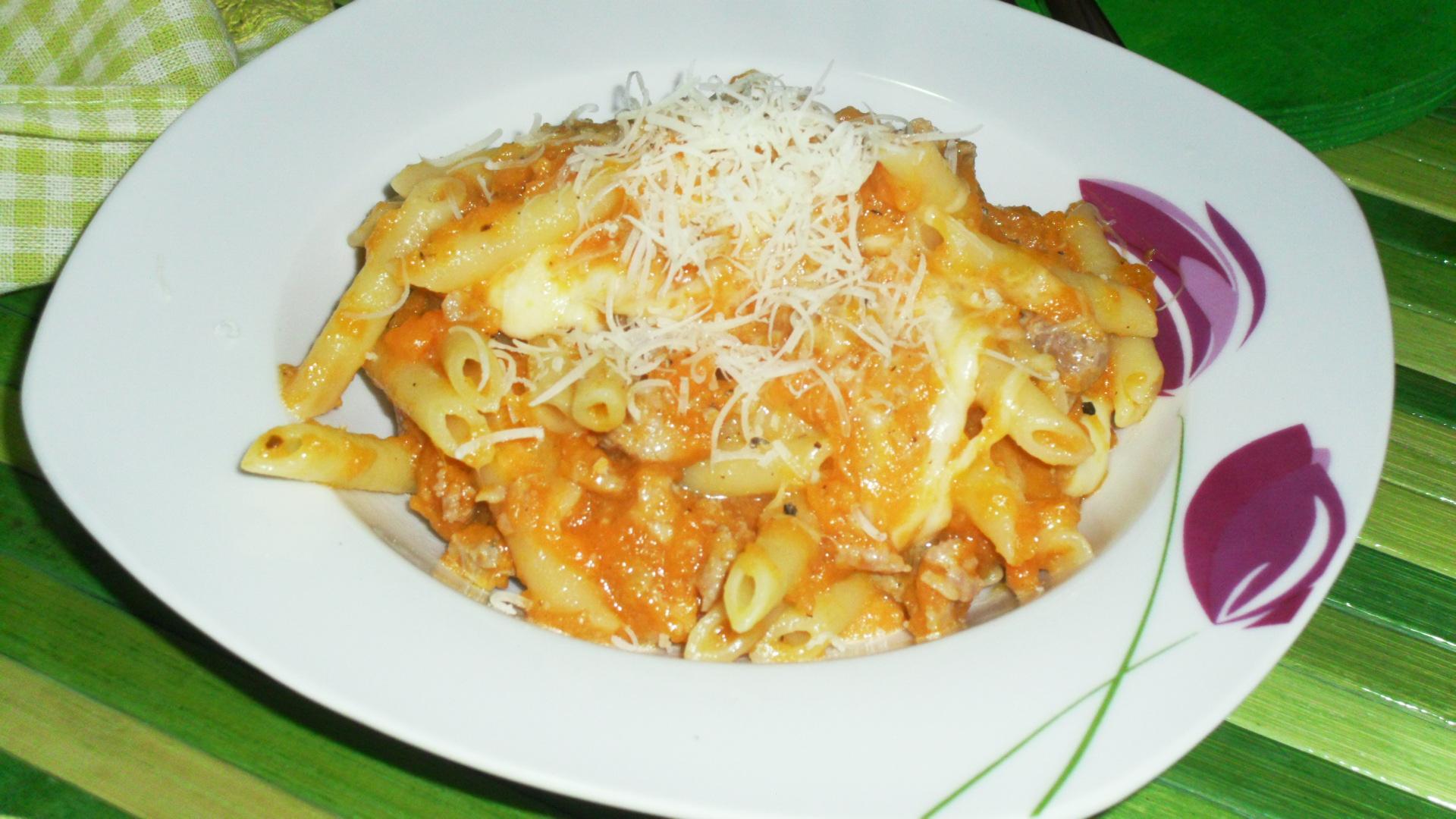 Ricetta pasta zucca salsiccia e provola
