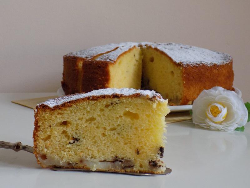 torta con crema,mandorle e noci