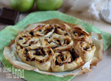 torta di rose alle mele e cioccolato
