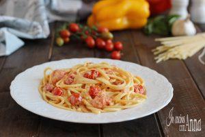 Pasta alla crema di peperoni e pomodorini