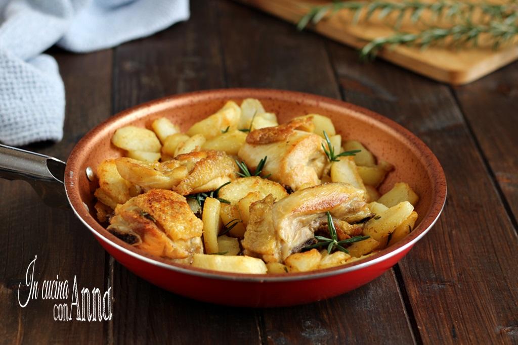 Pollo e patate in padella