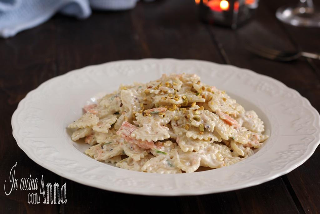 Pasta alla crema di pistacchi e salmone