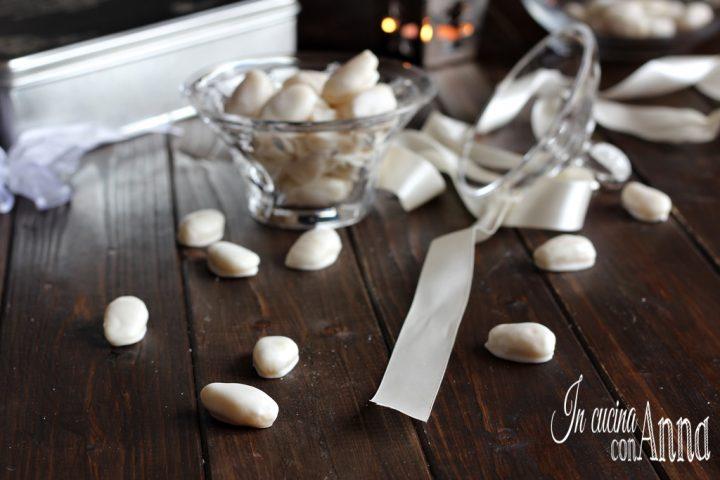 Confetti alle mandorle