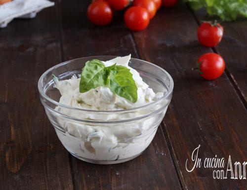 Crema di formaggio al basilico