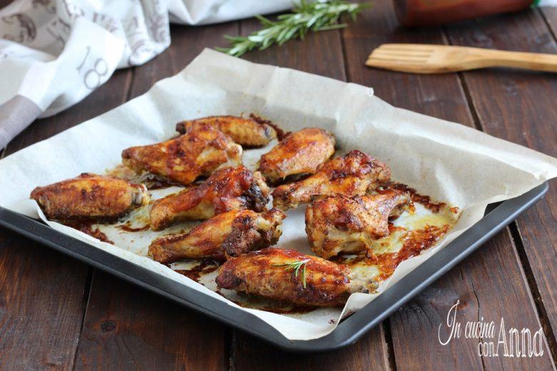 Alette di pollo alla salsa barbecue