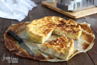 Torta salata prosciutto e stracchino