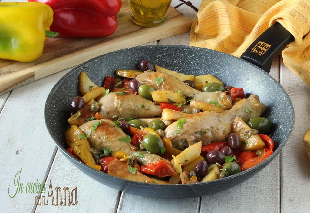 Pollo con peperoni e patate