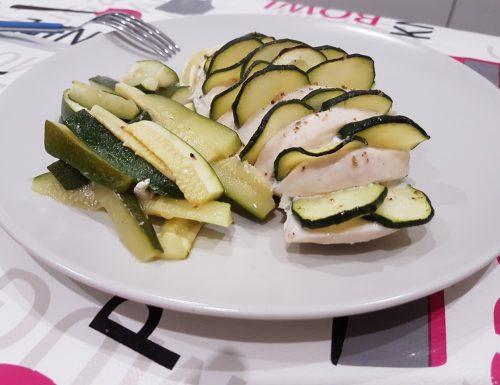 Pollo a fisarmonica con zucchine