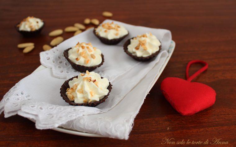 Cestini di cioccolato fondente