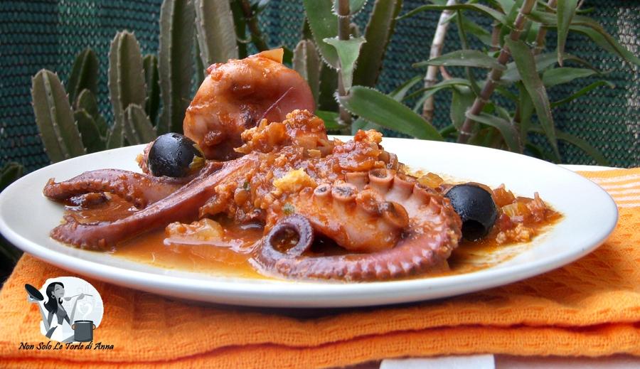 Moscardini in umido con olive