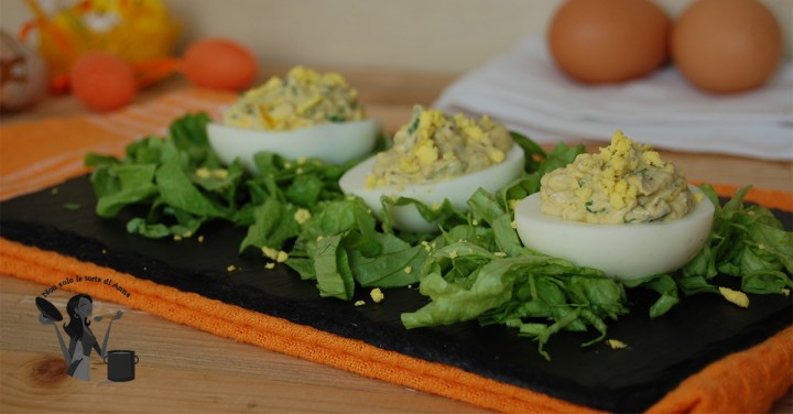 uova farcite con mousse
