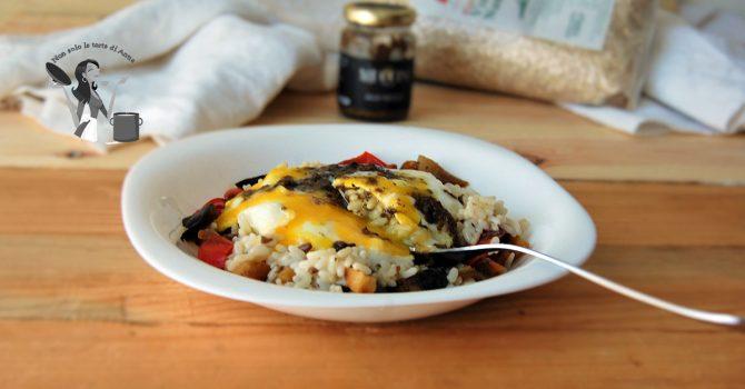 risotto alle verdure e uovo con salsa tartufata