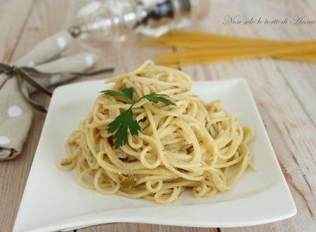 Spaghetti cremosi olive e philadelphia