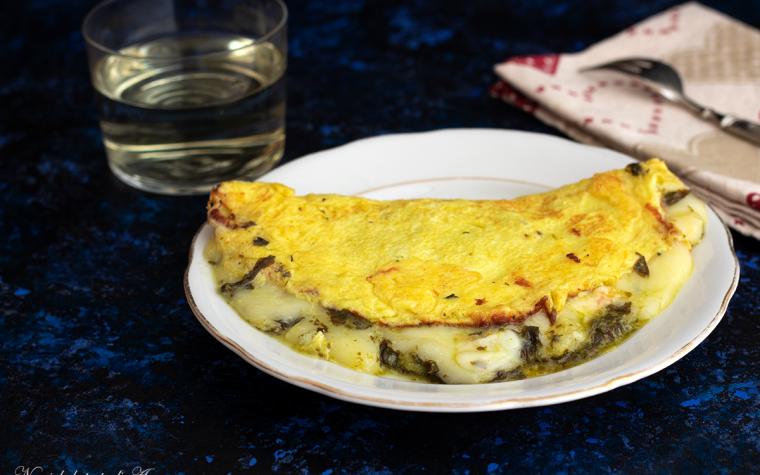 Omelette con cime di rapa e formaggio
