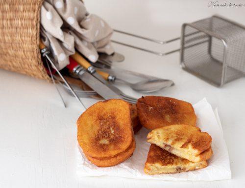 Pane fritto con acciughe