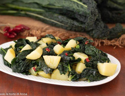 Cavolo nero e patate con peperoncino