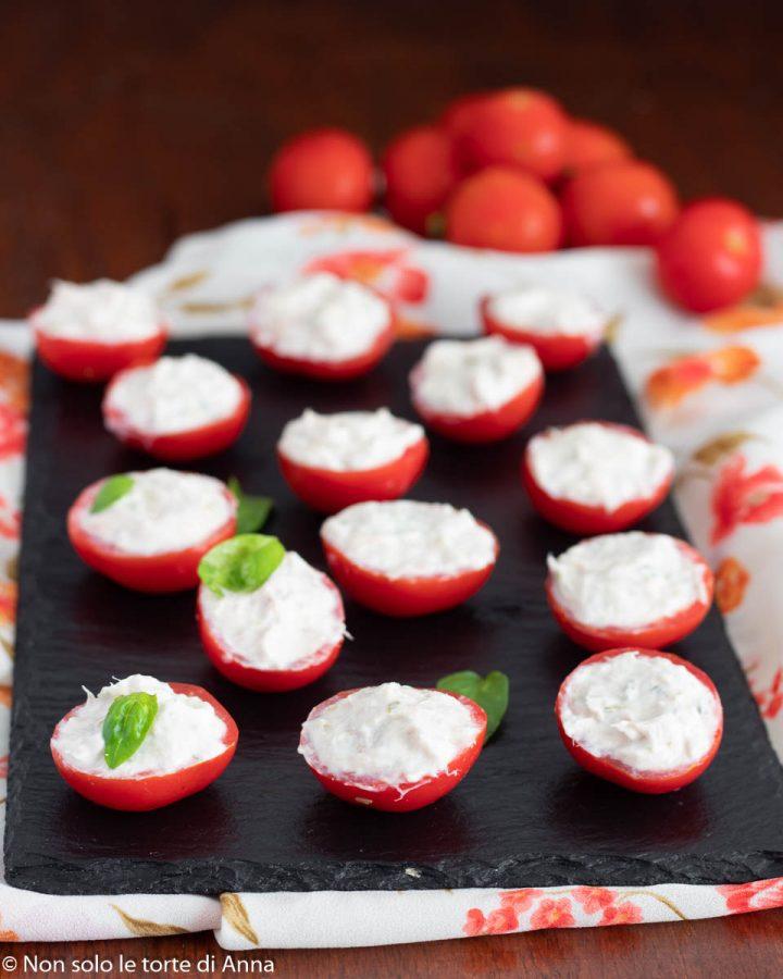 pomodorini con salsa tonnata veloce