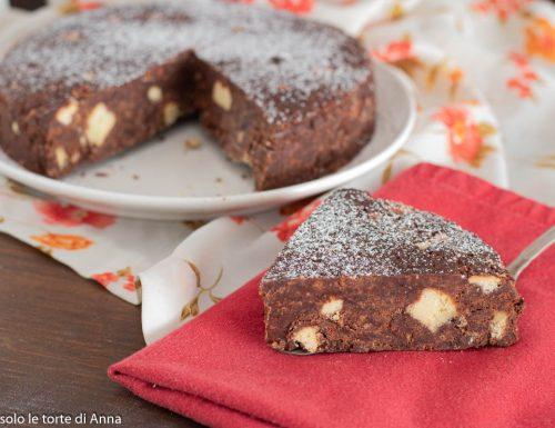 Torta di biscotti al cioccolato senza cottura