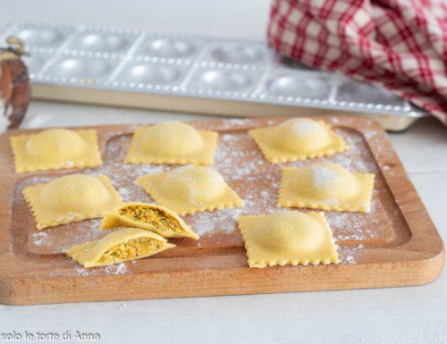 Ravioli di zucca gorgonzola e noci