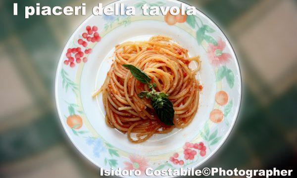 Spaghetti alla Vesuvius