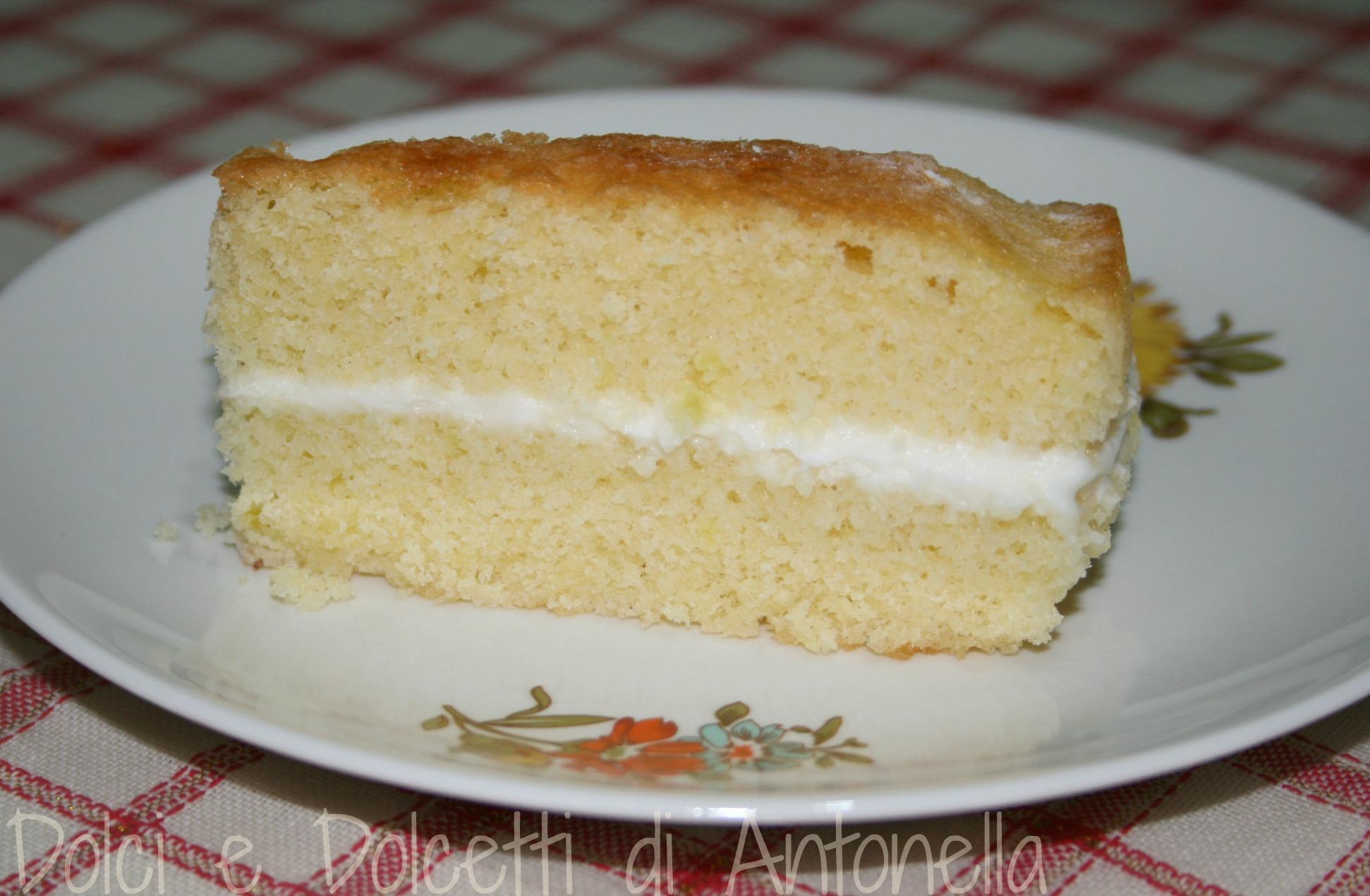 Ricetta crema al latte per torta paradiso