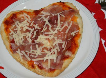 Pizza cuore per San Valentino, ricetta lievitati