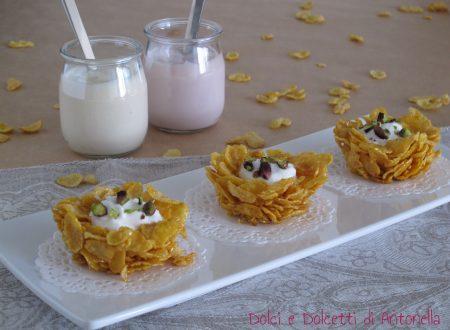 Cestini di cereali con yogurt greco