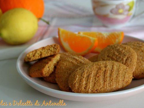 Biscotti integrali agli agrumi