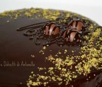 Torta mousse al pistacchio e cioccolato, Ricetta Dolce
