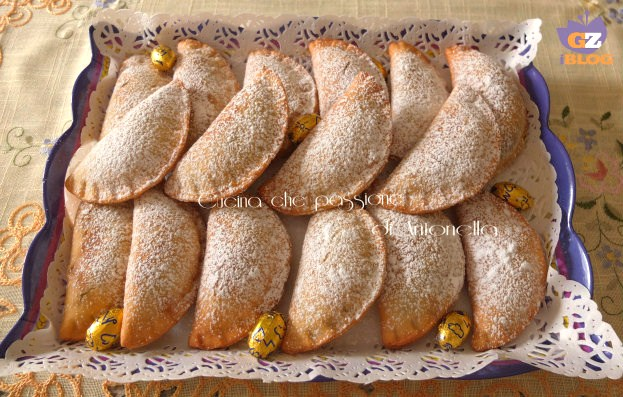Fagottini dolci ripieni con marmellata di castagne for Dolce di castagne