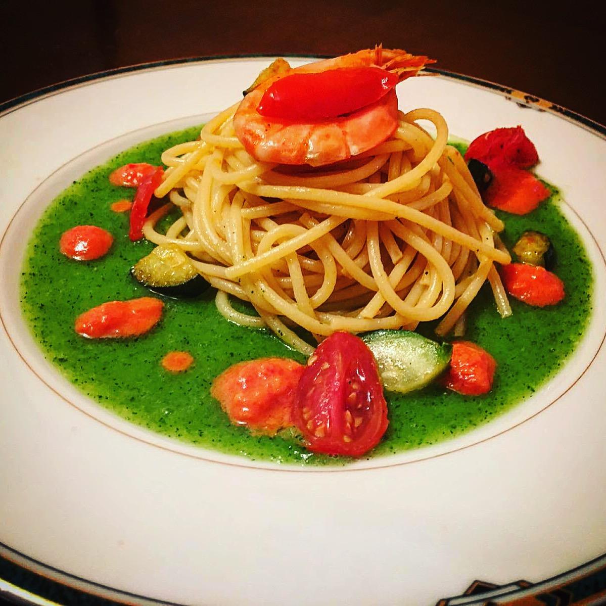 Spaghetti di Zucchine Gamberi e Datterini