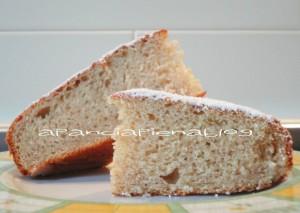 torta soffice banana e ricotta preparazione tradizionale e bimby a pancia piena
