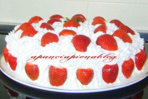 Torta fragolina (un'idea raffinata per la festa della mamma)