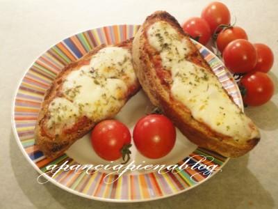 BeFunky pizzetteblog 18 05 2012 21 57 25 4320x32401 400x300 Pizzette furbe (ricicliamo il pane...)