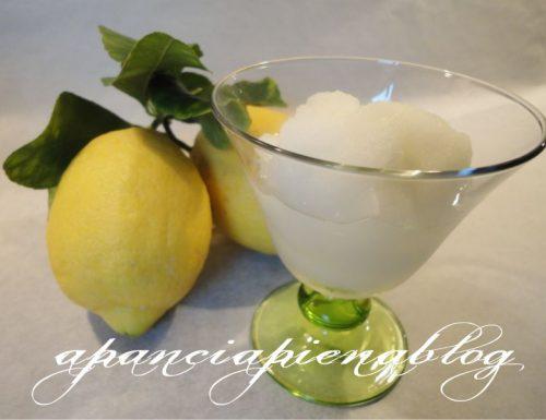 Sorbetto al limone Bimby (Versione normale e veloce)