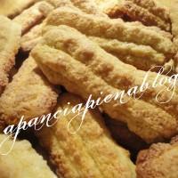 BeFunky biscotti allolio doliva a pancia piena blog.jpg 200x200 Ciambella al limone (ricetta tradizionale e bimby)