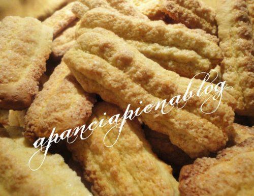 Biscotti all'olio d'oliva (Ricetta di Titina)