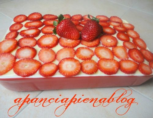 Tiramisu alle fragole (ricetta senza cottura)